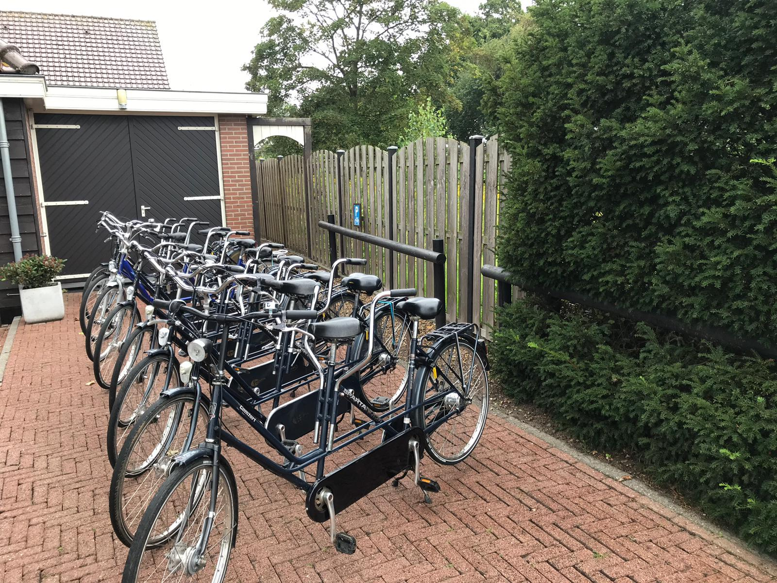 Fietsverhuur Wieringen Noord Holland tandem